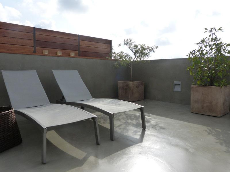 Suelos para exteriores amazing sueldo de madera for Suelos terrazas exteriores baratos
